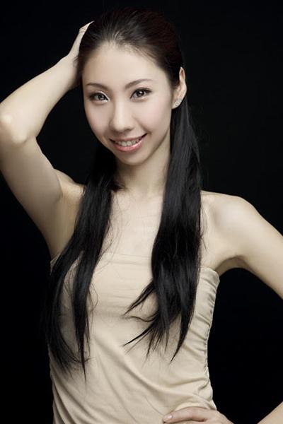 <center>Manman Yu</center>